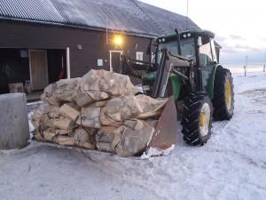 Traktor er kjekt å ha.