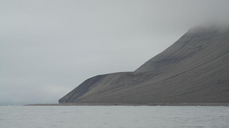 Garstadstranda sett nordfra fra sjøen.