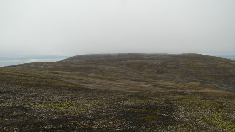 Utsikt ned Djupsalen fra sørkanten av Johan Hjortfjellet.