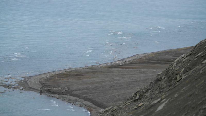 Sett fra den nordøstre eggen av Werenskioldfjellet.
