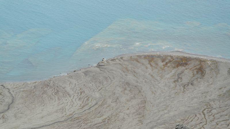 Odden med steinformasjonen sett fra Werenskioldfjellet.