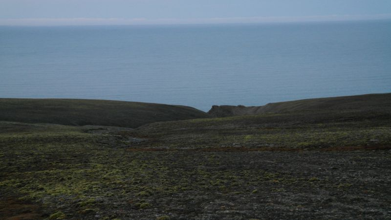 Malmskaret gjør ikke så mye ut av seg sett ovenfra ved foten av Iversenfjellet. og platået ovenfor skaret.