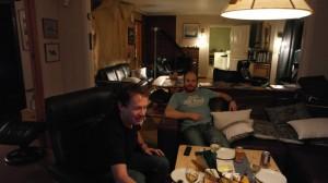 Ragnar og Tom Erik er klar for ostefest. Foto: Bjørn Ove Finseth