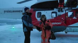 Ragnar tar farvel med H.M. Dronning Sonja før avreise til Longyearbyen.  Foto: Bjørn Ove Finseth